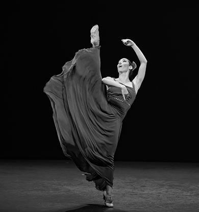 Inma Salomon baila como los ángeles